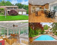 7903 Foxhound   Road, Mclean image