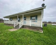 199 Sunset Trail, Luling image