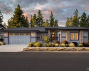 19172 Park Commons, Bend image