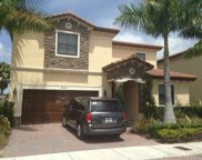 8800 Nw 98th Ct, Doral image