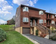 33 Knoll  View, Ossining image