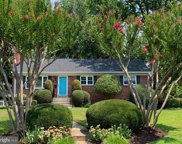 3911 Longstreet Ct  Court, Annandale image
