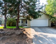 421 Sw Forest Grove  Drive, Bend image