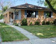 2630 S 94th St, West Allis image