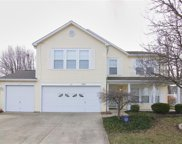 6863 Woodland Heights  Drive, Avon image