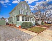 42 Washington Manor  Avenue, West Haven image