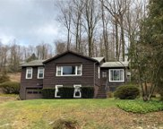 811 Candlewood Lake South Road, New Milford image