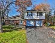 47 Chapel Hill Dr, Reading image