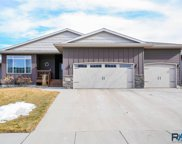 8224 W 51st St, Sioux Falls image