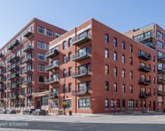 226 North Clinton Street Unit 327, Chicago image