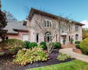 6327 Canterbury Close, Brentwood image