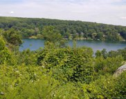 22 Candlewood  Common, New Milford image