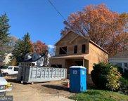 318 Walnut   Avenue, Oaklyn image