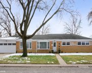 7359 North Kenneth Avenue, Lincolnwood image