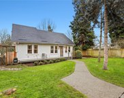 8126 30th Ave SW, Seattle image