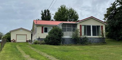 220 Maple View Road, Crab Orchard