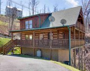 703 Short Ridge Ct, Gatlinburg image