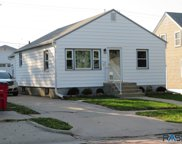 915 S Sherman Ave, Sioux Falls image