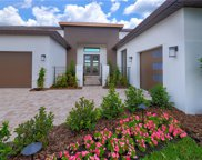 8851 Sanders Tree Loop, Wesley Chapel image