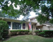 2202 N Burke Drive, Arlington Heights image