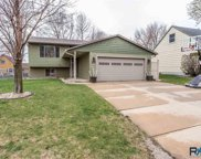 2709 S Bernhaven Ave, Sioux Falls image