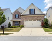 123 Creekside Crossing  Lane, Mooresville image
