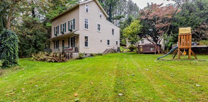 1299 Hall Rd, West Chester