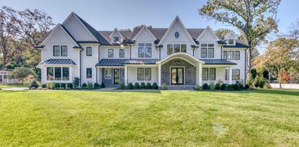 220 Mulberry Way, Franklin Lakes