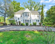 695 Forest  Road, West Haven image