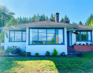 404 Crescent W Rd, Qualicum Beach image