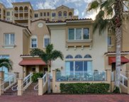 525 Mandalay Avenue Unit 24, Clearwater image