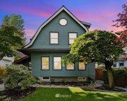 907 18th Avenue E, Seattle image