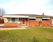 13235 Bloomfield Avenue, Warren image