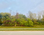 7700 S 13th St, Oak Creek image