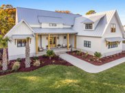 12 W Colonnade Drive, Hampstead image
