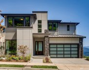 496 Viewcrest Dr NW, Issaquah image