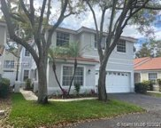 880 Garnet Cir, Weston image