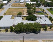 320 S Ash St, Pearsall image