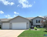 7105 W 68th St, Sioux Falls image