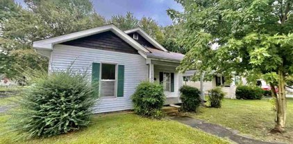 1046 S 9th Street, Mayfield