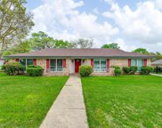 609 Robindale Drive, Bedford image