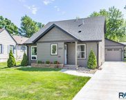 2304 S 3rd Ave, Sioux Falls image