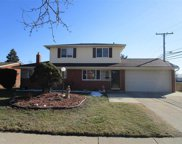 8112 INDEPENDENCE DR, Sterling Heights image
