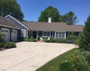 3435 W Picardy Ct, Mequon image