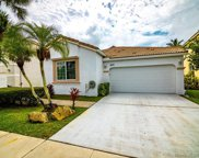 869 Nw 156th Ave, Pembroke Pines image