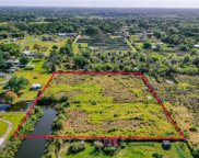 3804 Barton Country Trail, Plant City image