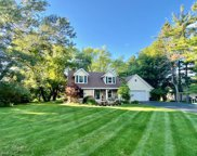 202 Woodside Ln, Thiensville image