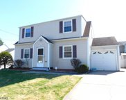 29 Linwood Ter, Clifton City image
