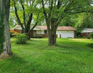 283 Old 122 Road, Clearcreek Twp image