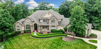 511 Fallview Court, Clearcreek Twp